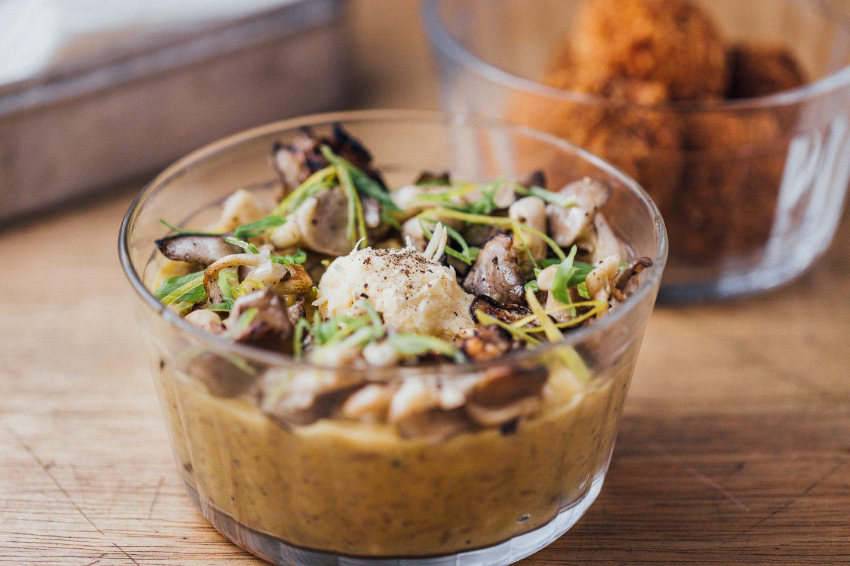 Cozinha Comuna Cozinha: Arroz Meloso e Croqueta de Cogumelos